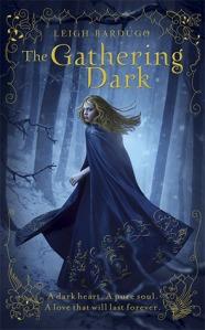 Leigh-Bardugo-The-Gathering-Dark-UK